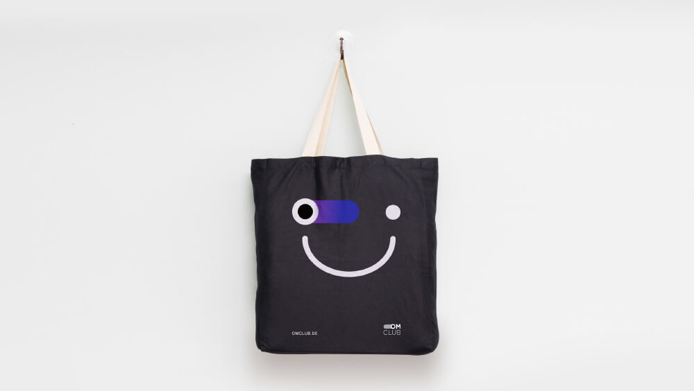 OMClub_toggle_bag-1 OMClub